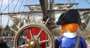 Setzt die Segel: Das Playmobil Piratenschiff gehört zu den Hauptattraktionen im Playmobil Funpark.