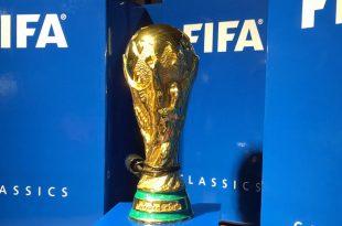"""Public Viewing im Playmobil Funpark: Bei der Fußball-WM 2018 in Russland geht es um den """"großen"""" Bruder dieser Miniatur-Ausgabe (Foto: FUNPARK-ZIRNDORF.DE)"""